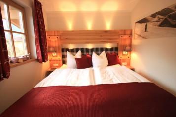 Doppelbett im Schlafzimer